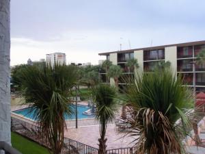 Blick zum Pool - Hotel Rosen Inn - Closest to Universal - Orlando
